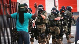 _77159481_police_standoff